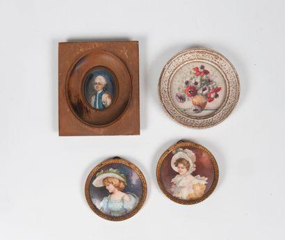 Lot comprenant quatre miniatures :  -un portrait...