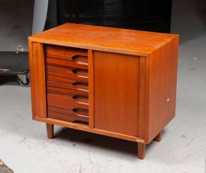 BURWOOD  Petit meuble de rangement en teck...