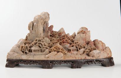 Chine  Sculpture en pierre de lard représentant...