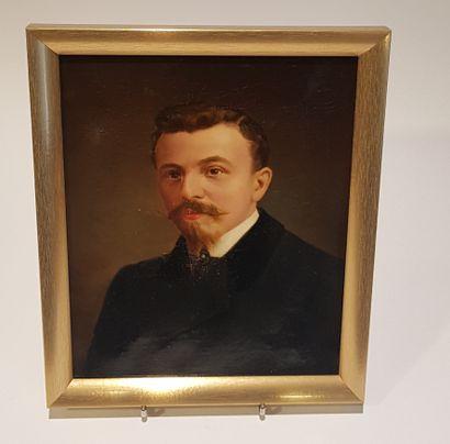 Alfred BRUNEL de NEUVILLE  (Paris 1852 - 1941)  Portrait d'homme  Sur sa toile d'origine...