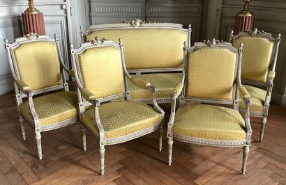 Salon style Louis XVI  Composé d'une canapé...