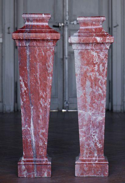 Paire de colonnes style Louis 14  Le fût...