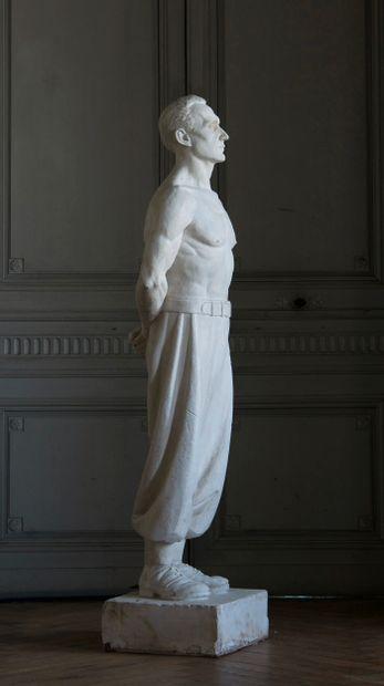 Zouave au repos  Importante sculpture d'atelier...