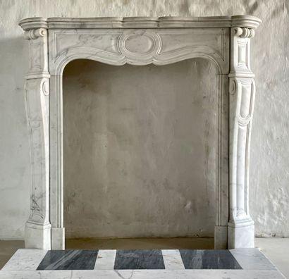 Cheminée style Louis XV  Modèle