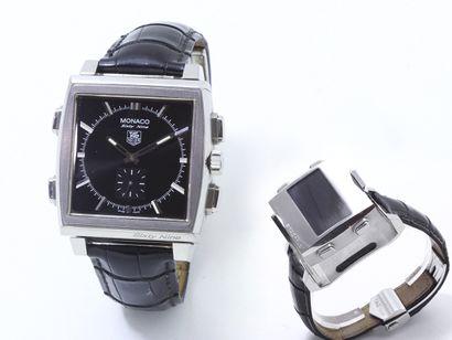 TAG HEUER ''MONACO SIXTY NINE''  Montre chronographe...