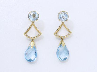Paire de pendants d'oreilles en or 750, 585...