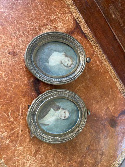 Paire de miniatures sur ivoire représentant...