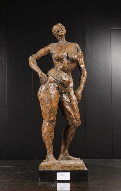 Guy LARTIGUE (Né 1927)  Nu féminin.  Bronze...