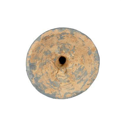 CHINE, dynastie Han (206 avant J.C - 221 ap J.C). Modèle de pilier surmonté d'une...