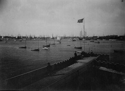 ETATS-UNIS Sans Prix de réserve -  Bord de mer, voiliers, ca. 1900.  Photographies....