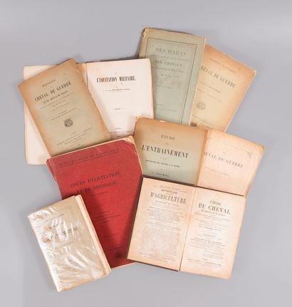 CHEVAUX. — Militaria, 9 ouvrages.  - BENOIST....