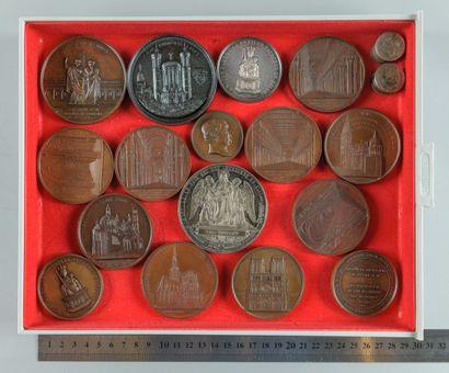 Clergé et églises. Lot de 16 médailles (Dont...
