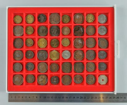 Franc-Maçonnerie. Lot de 48 médailles et...