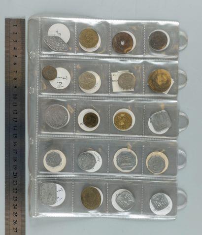 Classeur comprenant 97 Monnaies de nécessité...