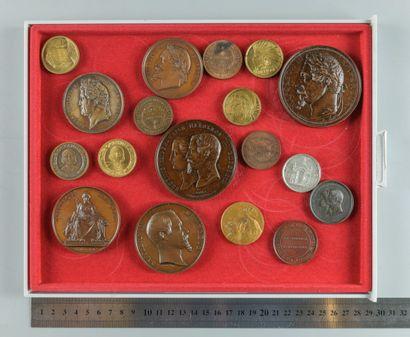 Expositions et congrès. Lot de 18 médailles...