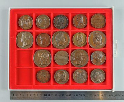 Visites à la Monnaie. Lot de 18 médailles...