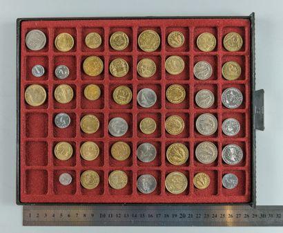 Essais monétaires. Lot de 45 essais de France...