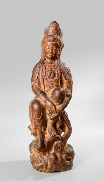 CHINE, XXème siècle. Sculpture en ronde-bosse...