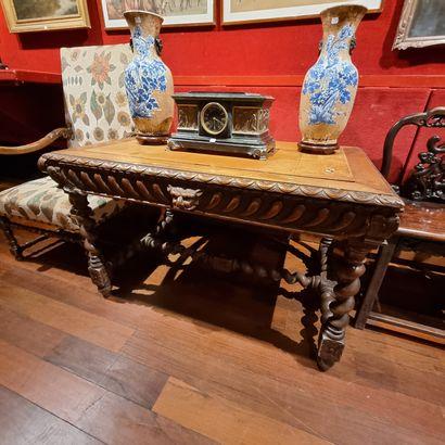 Table de salle à manger en bois naturel....