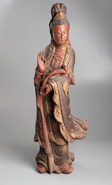 CHINE  Kwanin et sage  Bois  H : 57 cm, l'autre...