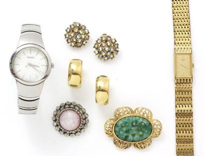 Lot de fantaisies composé de 2 montres Seiko,...