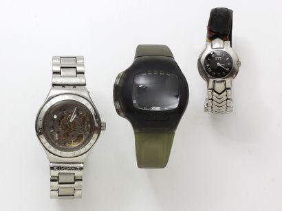 Lot composé de 2 montre bracelets d'homme...