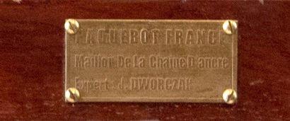 PAQUEBOT FRANCE : Maillon de la chaîne d'ancre avant tribord en acier rond de 7...