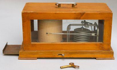 BAROGRAPHE enregistreur sous vitrine, plaque...