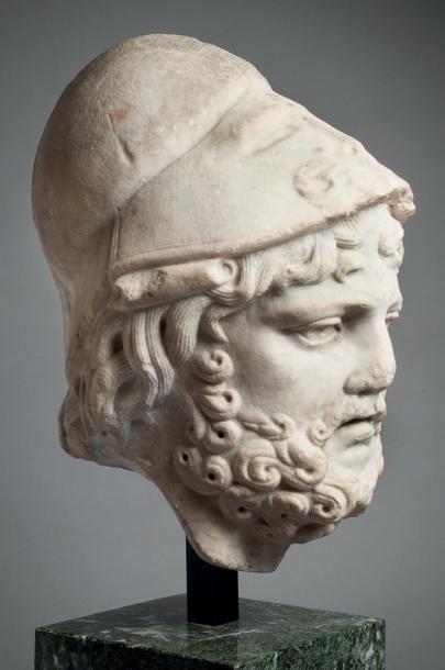 Tête d'homme casqué, probablement Périclès...