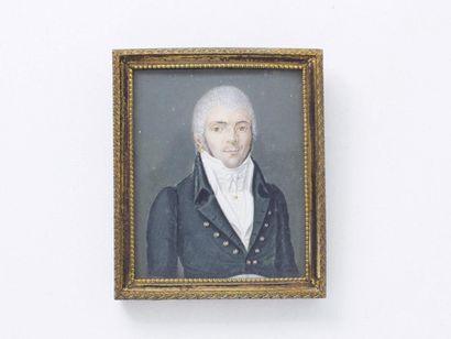 Portrait miniature rectangulaire peint sur ivoire d'un homme en redingote verte...