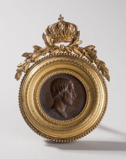 France, circa 1843  Médaille au profil droit...