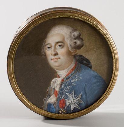 Ecole française, circa 1780  Tabatière ronde...