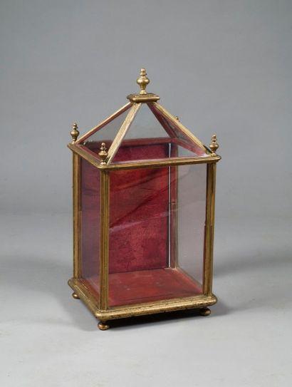 Petite vitrine cage en bois doré, la partie...