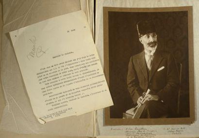 MOHAMMAD NADIR SHAH [Dehra Dun, INDE, 1880 - Kaboul, 1933], roi d'Afghanistan. Belle...