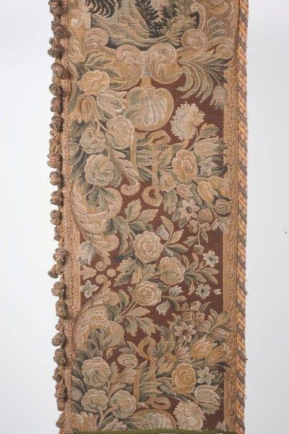 Une bande de tapisserie provenant du château...