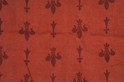 Toile de jute fleur de lys à fond rouge provenant...
