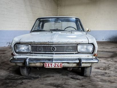 Opel Rekord Opel Rekord 1963 N° châssis ou moteur : CA173676403 Opel est une marque...