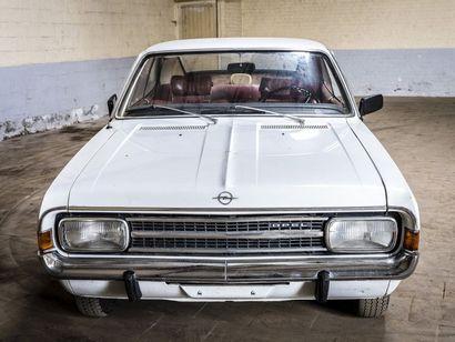 Opel Rekord coupé 12M Opel Rekord coupé 12M N° châssis ou moteur : 846872 L'Opel...