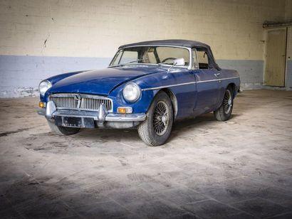 MGB bleue MGB bleue 1967 N° châssis ou moteur : GHN3L132410 titre de circulation...