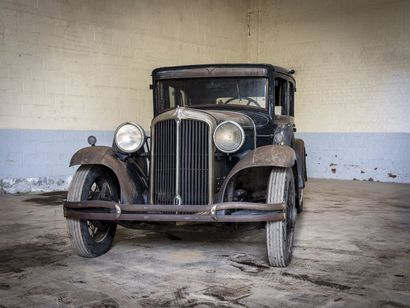 Chrysler impérial berline 6 glaces