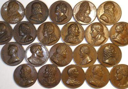 Louis XVIII, Galerie Métallique, lot de 21 médailles