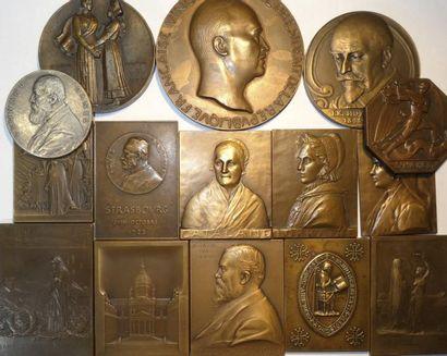 Lot I de 15 médailles par de célèbres graveurs