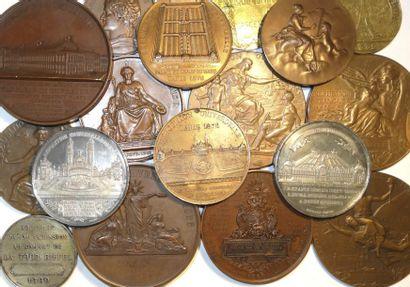 Expositions (Universelles, Internationales, Nationales) : lot de 17 médailles