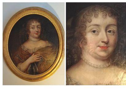 Ecole FRANCAISE du XVIIe siècle  Femme  Portrait...