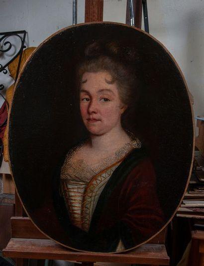 Ecole début XVIIIe, portrait de femme,toile restauration. 74 x 60 cm