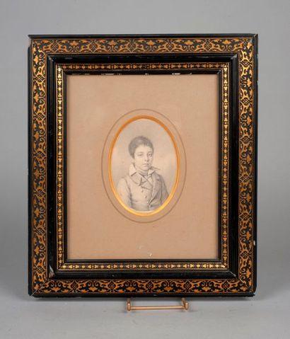 Ecole FRANCAISE vers 1810  Portrait de jeune...