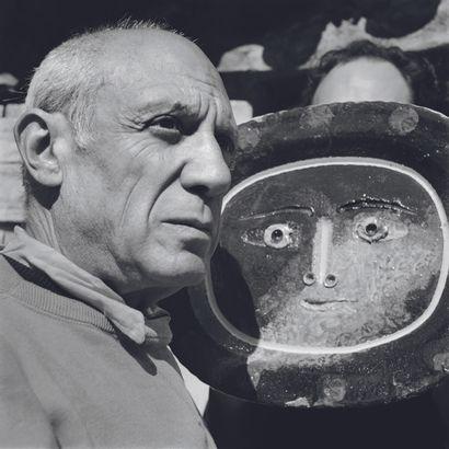 AFP AFP  Pablo Picasso en avril 1949 à Vallauris.  Photographie sur papier baryté...