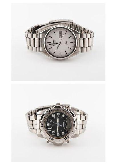 Deux bracelets montres d'homme en acier Seiko...