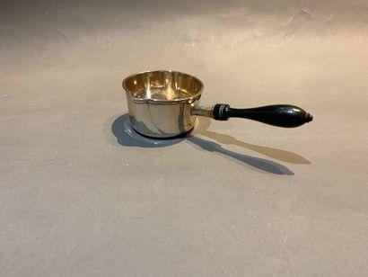 Petite casserole en argent 950 °/°°, manche...