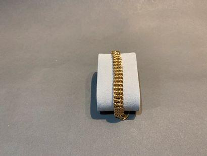 Bracelet gourmette en or 750 °/°° à mailles...